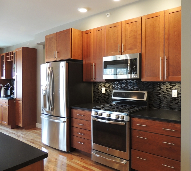 Hard Wood Kitchen Cabinets Made In The U S A Solid Wood